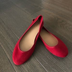 Red ballet flats NWIB